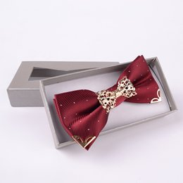 Wholesale Butterfly Silk Tie - 17 colors fashion 2017 men High-grade gold crystal gem bow tie wedding for men butterfly silk bowties new wedding dress free