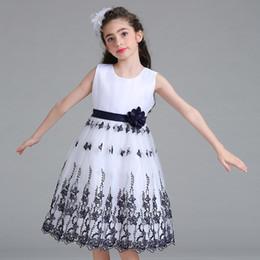 Вышитые цветок платье крючком свадебное платье кружева кружева принцесса ажурные вышитые платье юбка supplier openwork crochet dress от Поставщики ажурное платье для вязания крючком