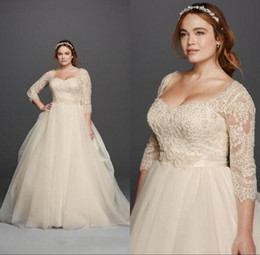 Wholesale Gold Wedding Gowns Fashion - Plus Size 2018 Wedding Dresses 3 4 Sleeves Lace Sweetheart Covered Button Gloor Length Princess Fashion Bridal Gowns