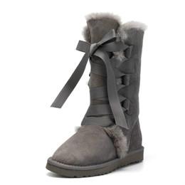 Alta Qualidade Mulheres Botas de Neve 100% Genuína Pele De Carneiro De Couro Rendas até botas De Alta Pele Natural de Lã Quente de Inverno mulheres de