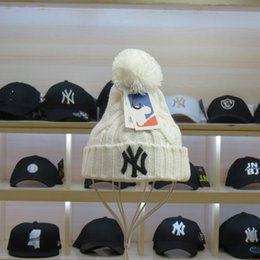 estilo de derby bonés Desconto NOVO Estilo Das Mulheres Dos Homens de  inverno chapéu de malha 42817740329