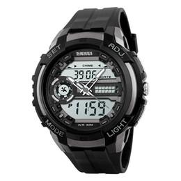 Wholesale SKMEI Unisex Спортивные часы с двойным механизмом Часы со светодиодной подсветкой Водонепроницаемые военные часы Хронограф Сигнализация Кварцевые наручные часы