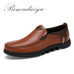 Wholesale business shoes for women - BIMUDUIYU Autumn  Winter New Plus Size Genuine Leather Men Casual Shoe Deodorant Ventilation British business Flat Shoes For Men