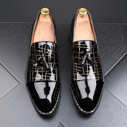 Canada Mode Pointu Toe Casual Formal Chaussures Pour Hommes Noir Véritable En Cuir Gland Mocassins Hommes Chaussures De Mariée 2 Couleurs cheap casual mode men Offre