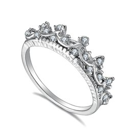 2019 anillos de boda de estilo corona 20 unids Estilo Coreano Retro Taladro de Cristal Corona Hueca En Forma de Reina Anillos de Temperamento Para Las Mujeres Del Banquete de Boda Joyería Envío Gratis anillos de boda de estilo corona baratos