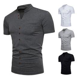 Heiße neue Art und Weisemänner Henry-Kragenentwurf Ouma Kurzhülse T-Shirt Normallack einreihiger Knopf beiläufiges bottoming Hemd von Fabrikanten