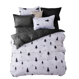 Wholesale Christmas Red Duvets - Wholesale-Bedding Sets Fashion Duvet Cover Set With Bed Sheet RU Family Size For Russia,Queen King For USA Bedclothes Gray Christmas tree