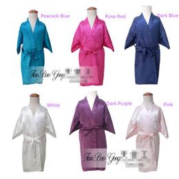 Fiesta de bata online-7 colores 2-10years niños satén rayón sólido kimono bata albornoz niños camisón para fiesta de spa boda cumpleaños K0019