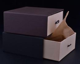 12.5 * 11 * 5.8cm scatole di imballaggio regalo quanlity molto buone, la scatola della cintura. Scatola regalo di alta qualità per la spedizione gratuita del prodotto da braccialetti di ricamo fornitori