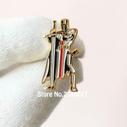 albañil Rebajas 50 unids Pines Personalizados Insignia de Metal Masónica Masones Libres Guardia Espada Caballeros Templarios Sello de los Cruzados Solomons Temple Lapel Pin Broche