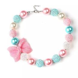 Les filles paillettes noeud perlé collier 40cm rose bleu blanc perles acryliques mignons bambins collier ewelrys bubblegum pour anniversaire fête ? partir de fabricateur