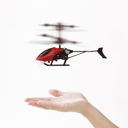 Wholesale Fly Big - Infrared Induction Model Aircraft Electric USB Flying Mini RC infraed Aircraft Helicopter Toy Flashing Light Toys for Kid