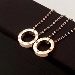 Colar redondo de ouro on-line-316l titanium aço rose gold parafuso círculo pingente colares para as mulheres de prata 18k ouro colar redondo com diamante choker moda jóias