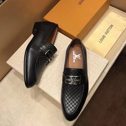 Scarpe oxford in pelle verniciata per gli uomini Scarpe eleganti scarpe da  uomo Scarpe da uomo a punta Business Wedding Plus Size 45 RME-308 f195eff6bc2