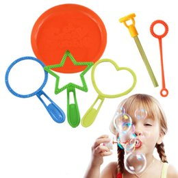 Wholesale favor maker - 6pcs set Kids Children Magic Bubble Ring Bubble Maker Wand Rings Without Bubble Water Outdoor Toys Party Favors New Year