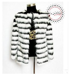 Wholesale Fox Clothing Men - Wholesale- Black White Striped Casual Imitation Fox Fur Coats Bar Nightclub Performance Male Man-Made Fur Jackets Men Faux Fur Clothes Cj60