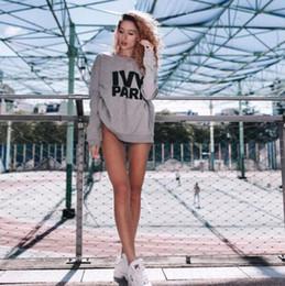 Argentina Mujeres IVY Park Cartas Imprimir Pullover Otoño Cuello Redondo Sudadera Negro Blanco Gris Fleece Pullover Envío Gratis cheap print crew neck sweatshirts Suministro