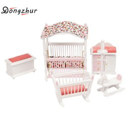 große plastikpuppen Rabatt Dongzhur 6 teile / satz Miniaturas 1:12 Puppenhaus Möbel DIY Puppenhaus Kinderzimmer Mini Möbel Lustige Kinder Spielzeug Kit