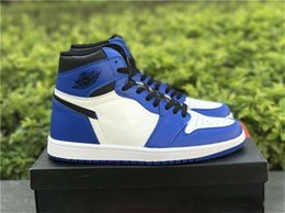 Wholesale Black Lace Band - High Quality 1 High OG Game Royal Men Basketball Shoes Authentic Sneakers 1s Retro White Blue Black Sports Chicago