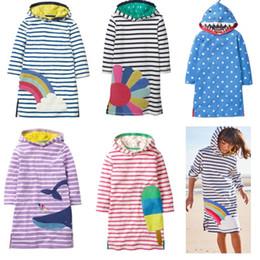 Vestidos de manga comprida de algodão listrado on-line-2019 crianças roupas menina hoodies dress manga comprida fenda listrado rainbow vestidos de algodão com capuz longo moletom outono atacado 2-9years