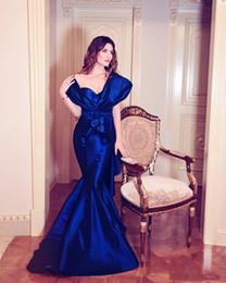 Canada Glamour Diamant-Bleu Longues Robes De Bal Sexy De L'épaule Volants Ruchés Sirène Robe De Soirée Formelle L'Arabie Saoudite Célébrité Robes De Fête supplier images diamonds Offre