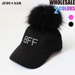 Wholesale real white fox hat - Men Baseball Caps Cotton Hip Hop Removeable Big Real Raccoon Fox Fur Pompom On Top 2017 Snapback Hat Black White Color