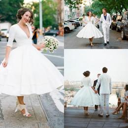 a05464bb7abe abiti da sposa informali sexy Sconti vintage tea lunghezza anni  50 abiti  da sposa corti