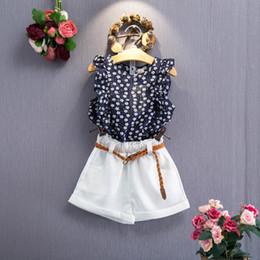 Kinder ärmellose weiße t-shirts online-2018 Mädchen Sommer Outfits ärmellos Blumendruck T-Shirt + weiße Shorts Hosen 3pc Set Mädchen Kleidung Set Kinder Outwear Set mit Gürtel Boutique