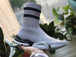 Wholesale girls grey tops - VETEMENTS SS CREW UNISES Sock Trainer Dropping RUNNING Shoes Socks Trainer Boots Knitting Womens Girls High Top Sports Casual Sneakers