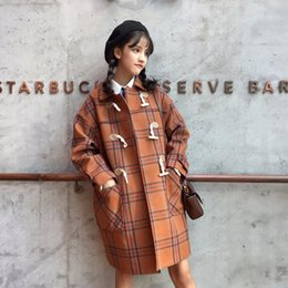 7b52526a020 шерстяное кокосовое пальто Скидка Осень зима плед мода женщины шерсть Рог  пряжка пальто элегантный bodycon кокон