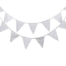 Mostrar pancartas online-40 Banderas 16 M Banderas Blancas Tejido de Seda Bunting Banderín Bandera Bandera Guirnalda Boda / Cumpleaños / Baby Show Party Accesorios decorativos