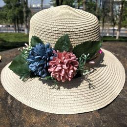 e76966bdad5f6 2018 nuevas sombrillas de Corea del sur mujeres verano sombreros de paja  plegable sombreros de playa al aire libre del sombrero del sol supplier  korean ...