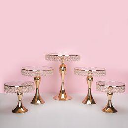 5 pezzi / set Supporto per torta di cristallo di lusso in oro supporto per torta decorato torta nuziale pan cupcake dolce tavolo centrotavola candy bar centrotavola decorazione da