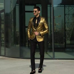2020 костюмы для мужчин дешево 2018 Custom Made Gold Wedding Suits Fashion Two Pieces Groomsmen Tuxedos Slim Fit Cheap Prom Party Suits Men Suit (Jacket+Pant) дешево костюмы для мужчин дешево