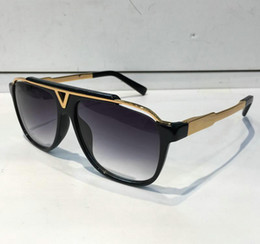 Wholesale popular mixes - MASCOT Sunglasses Luxury Popular Retro Vintage Men Brand Designer Sunglasses Shiny Gold Summer Style Laser Logo Gold Plated With Case