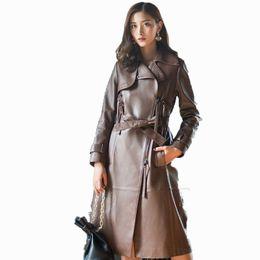 2019 auténticos abrigos de piel de oveja mujeres Chaqueta de cuero genuino de primavera y otoño de las mujeres ropa 2018 Abrigo de Corea abrigo largo de piel de oveja delgado Trench mujeres ZT524 auténticos abrigos de piel de oveja mujeres baratos