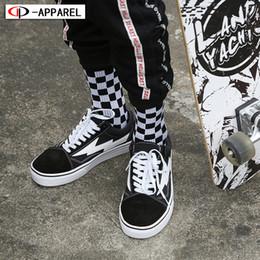 Corée hommes de la mode hip hop en Ligne-Corée Mode Harajuku Tendances Femmes damier Chaussettes Style géométrique Damier Chaussettes Hommes Hip Hop Coton Unisexe