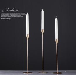 2019 castiçais de pilar de vidro Suporte de vela de mesa de casamento central de cristal de ouro candelabro 3 braços alto cristal votiva candelabro wed