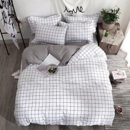 2019 edredons de marfim Conjunto de cama Moda capa de edredão lençol Fronha Praça listras Home textile preto Branco Cinza combinação roupas de cama