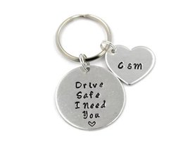 "Argentina ""Drive Safe I Need You"" Letter Keychain Carta de moda de acero inoxidable Heart Key Ring Jewelry puede por encargo YP3988 Suministro"