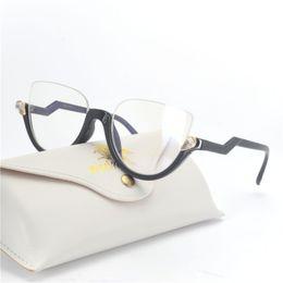 3965df6e01 MINCL   Cat Style Clear Lens Occhiali da vista Frame Women Eyewear Fashion  Vintage Spectacle Optical Eye Glasses Frames per le donne NX