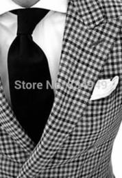 Quadrato a tasca personalizzato online-Custom Made to Measure BESPOKE vestito degli uomini, Classiclack bianco checker uomini dello smoking, Tailored smoking (jakcet + Pants + Tie + Pocket quadrato)