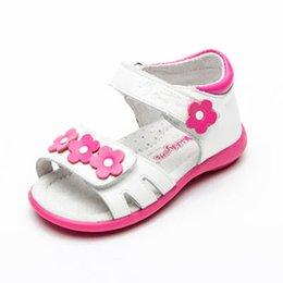 28f90cc8b7cd0 Super qualité 1 paire blanche fille orthopédique en cuir véritable  NOUVELLES enfants sandales