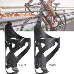 2019 porte bidon carbone vert Porte-bouteille de vélo de route de vélo de route de la cage de bouteille d'eau de vélo de fibre de carbone plein