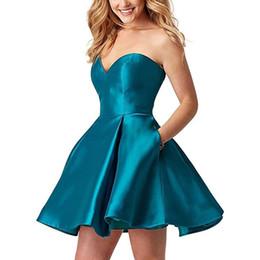 2018 Sexy Sweetheart una línea de vestidos cortos de regreso a casa Satén Lace Up Mini graduación de baile de graduación vestido de fiesta con bolsillos desde fabricantes
