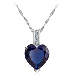 Colgante corazon estilo corazon de amor online-Mujeres del estilo coreano Collar de plata del corazón Colgante de piedras preciosas azules Collares de amor Collar de cadena de la clavícula del medallón de moda Broche de joyería