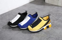 2019 zapatillas mujer logo Venta caliente 3012 Stretch Jersey Sorrento Sneaker con logotipo para hombre mujer, suela micro de dos tonos, sin cordones, tamaño 35-44 envío gratis zapatillas mujer logo baratos