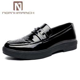 NORTHMARCH Lackleder Herrenschuhe Neue Mode Männer Party Schuhe Slip-On Herren  Büro Leder Chaussures Hommes En Cuir rabatt männer s büro schuhe bbb156dbc9
