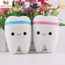 Wholesale Fake Teeth - Free shipping Cute Squish Tooth Fake Artificial Teeth Memory Foam Squeeze Venting toys Dentist education home party decor gifts