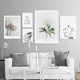 2019 flor rosa posters Pink Flower Feather Posters and Prints Wall Pictures para la sala de estar Wall Art Canvas Painting Nordic Poster Picture Unframed flor rosa posters baratos